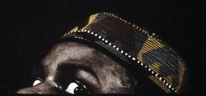 """Das Foto """"Peeping Tom"""" des nigerianischen Künstlers Rotimi Fani-Kayode von 1989"""