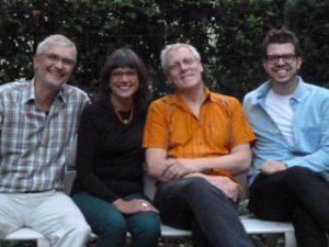 """Die Vorbereitungsgruppe """"Augen Blicke Afrika"""" Ingrid Wernich, Hans-Jörg Heinrich, Burkhard Leber, Erik Schween. Nicht im Bild: Markus Hilla"""